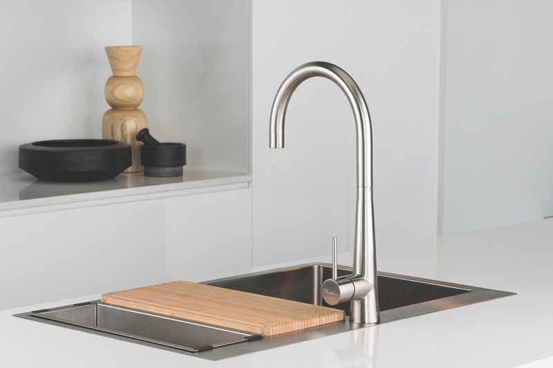 Oliveri Essente Single Lever Pull Out Mixer tap - Stainless Steel SS2525