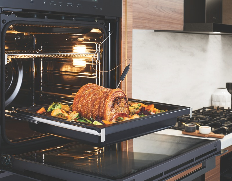 Electrolux 60cm Built-In Pyrolytic Oven - Dark Stainless Steel EVEP616DSD