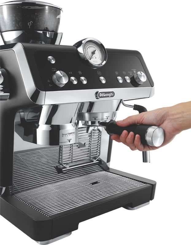 DeLonghi La Specialista Pump Coffee Machine - Matt Black EC9335BM