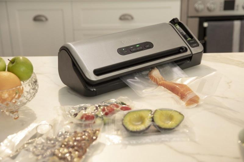 Foodsaver FoodSaver Controlled Seal Vacuum Sealer VS7850