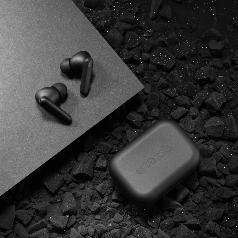 Urbanista London True Wireless Noise Cancelling Earbuds - Midnight Black LONDONMB